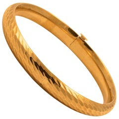 EternaGold 14K Gold Ripple Design Bangle, Costa Rica