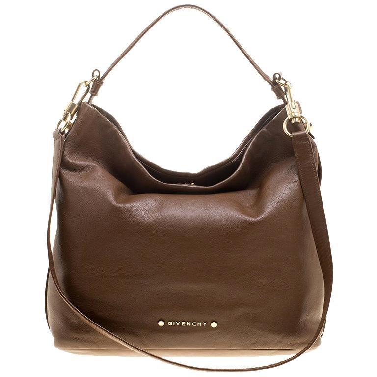 f5f8cb6ed2e4 Vintage Givenchy Shoulder Bags - 55 For Sale at 1stdibs