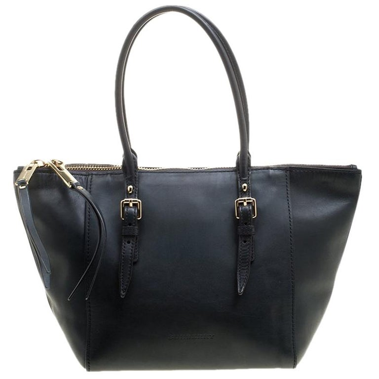fbef470361e Burberry Black Leather Zip Tote For Sale at 1stdibs