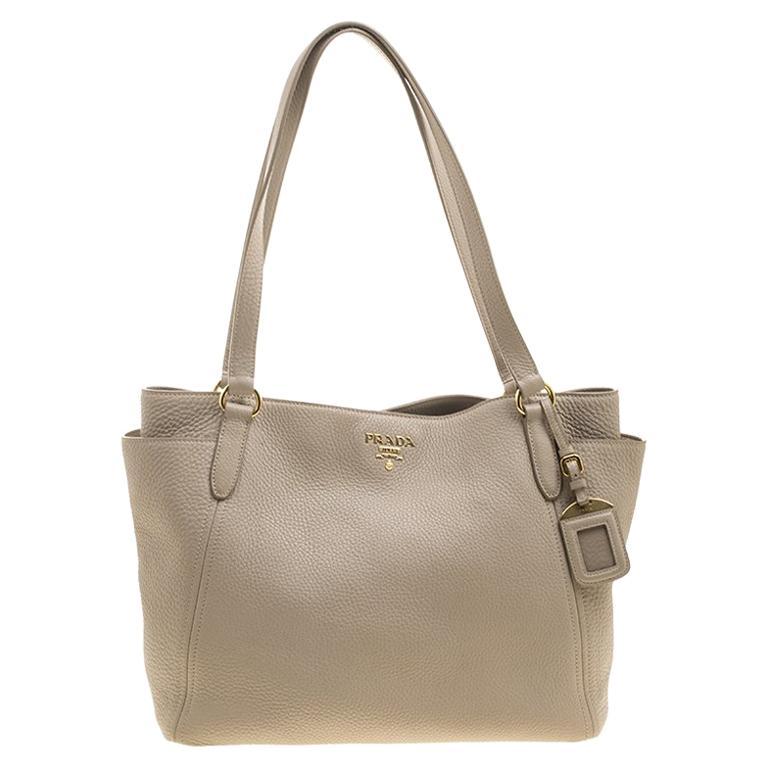 fe3460b74f45 Prada Beige Vitello Daino Leather Shopper Tote For Sale at 1stdibs