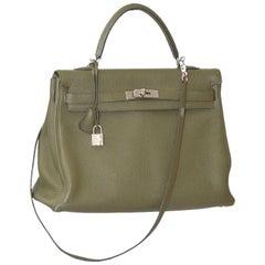 Hermes Vert Veronce Togo Leather Palladium Hardware Kelly Retourne 35 Bag
