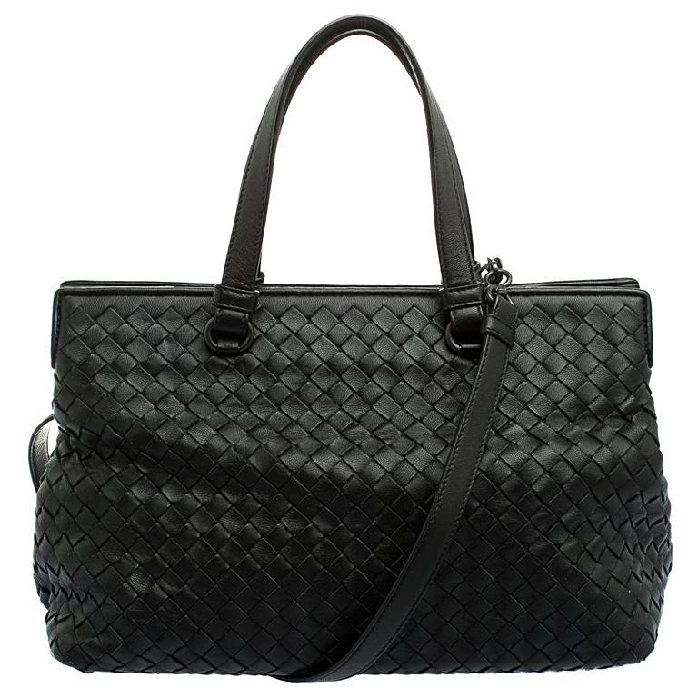 afd9156331 Bottega Veneta Black Intrecciato Nappa Leather Medium Top Handle Bag For  Sale at 1stdibs