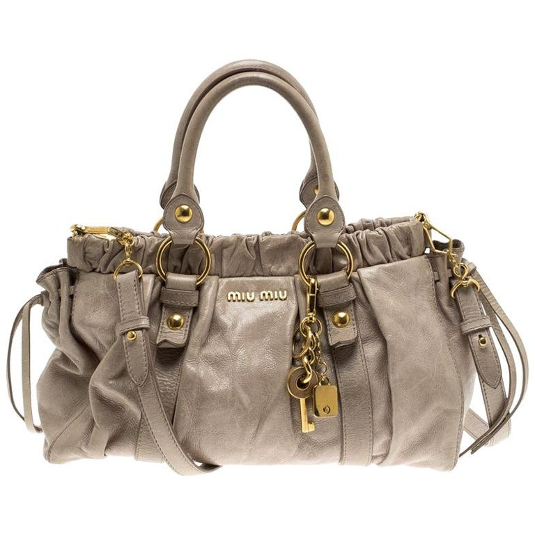 851988e0e02a Miu Miu Beige Glazed Leather Luxe Ruched Top Handle Bag For Sale at ...