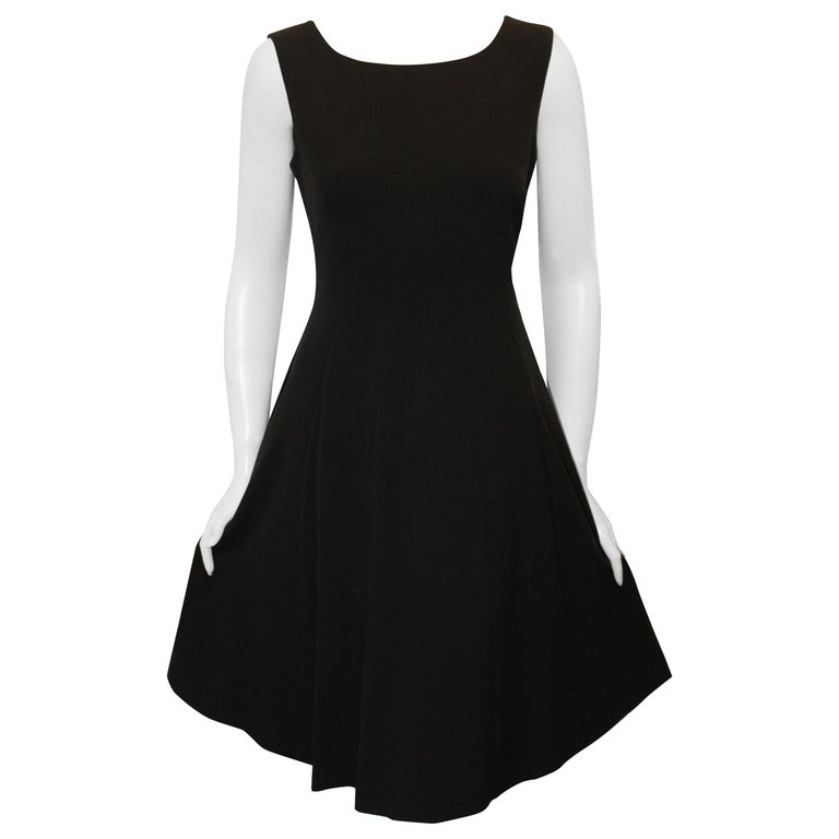 bc7968035b6 Burberry Classic Little Black Dress For Sale at 1stdibs