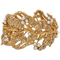 Oscar de la Renta Bamboo Leaf Faux Pearl Hinged Cuff Bracelet in Gold