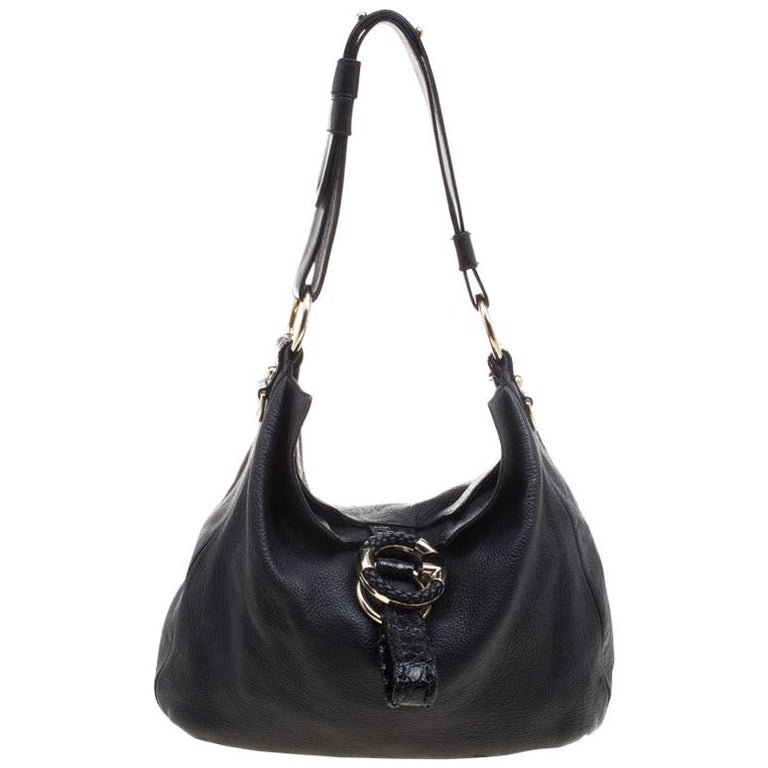 6e9312f927f543 Gucci Black Pebbled Leather Large Wave Hobo For Sale at 1stdibs