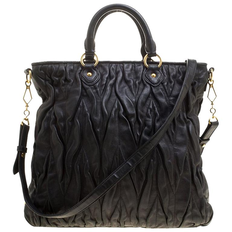21fea061707da Miu Miu Black Leather Matelasse Tote For Sale at 1stdibs