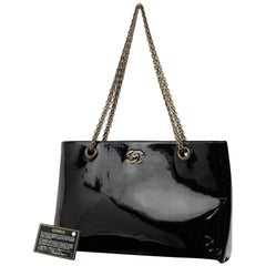 Chanel Mademoiselle Chain 223644 Black Patent Leather Tote