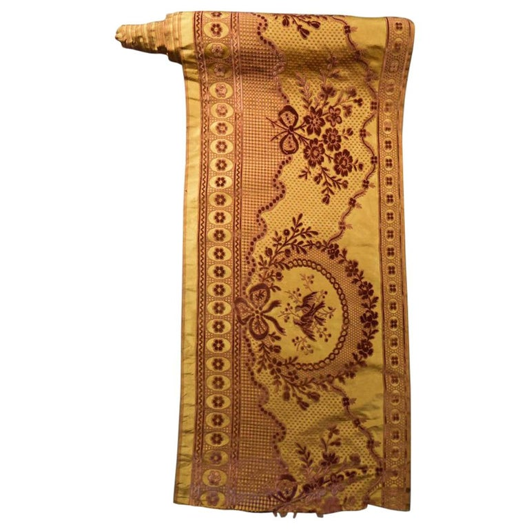 8 meters of Border in chiseled velvet - Late 18th century France For Sale