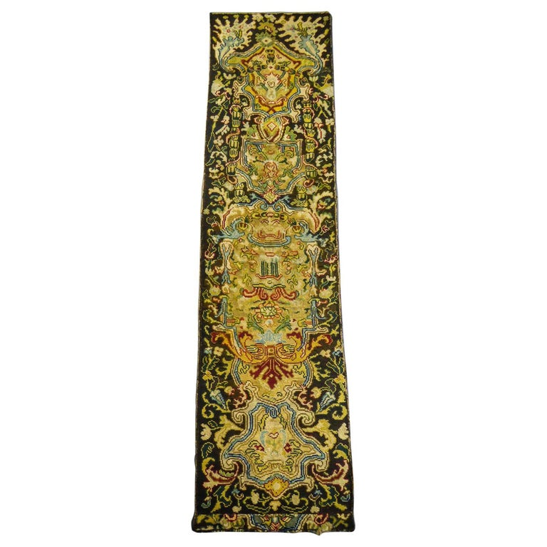 """French needle point """"Bonne-grâce"""" from a Louis XIV bed set - Late 17th century For Sale"""