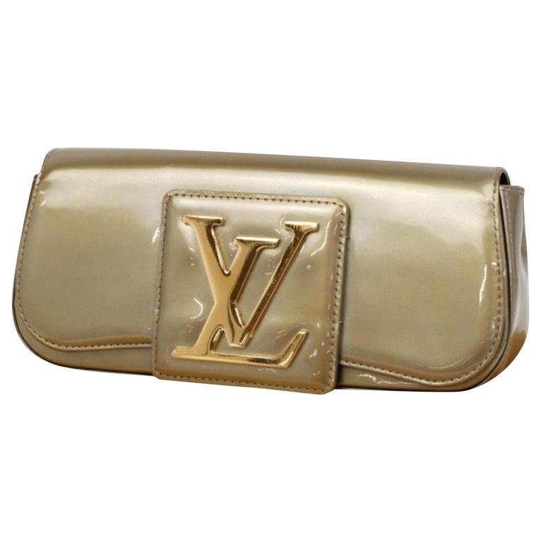 2066d0828ed5 Louis Vuitton SoBe Khaki Monogram Vernis 232057 Green Patent Leather Clutch  For Sale