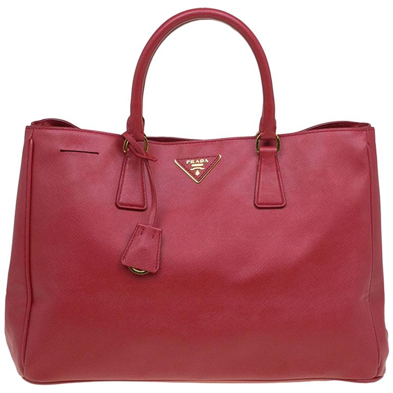 28ffd504ed84 Prada Red Saffiano Lux Leather Large Tote For Sale at 1stdibs