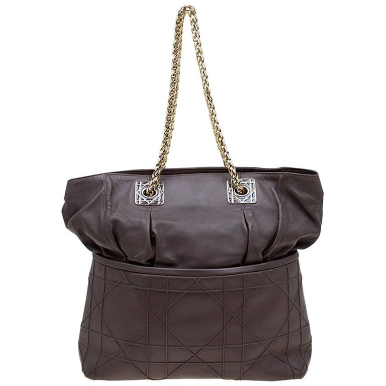 8eb4f0ffd0 Dior Brown Cannage Leather Granville Chain Link Tote For Sale at 1stdibs
