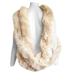 MALO Cream Wild Arctic Silver Fox Round Fur Scarf - Unworn, New.