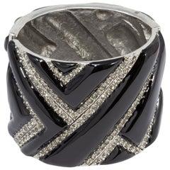 Oscar de la Renta Black Enamel and Crystal Bangle Bracelet in Silver, Geometric