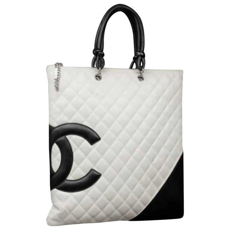 8a156a3219c7 Chanel Cambon Ligne Flat 226873 White X Black Quilted Leather Tote For Sale