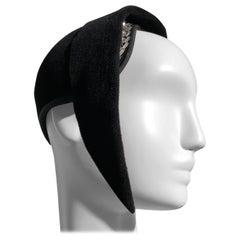 1930s Vogue True Art Deco Black Velvet Sculpted Dramatic Beaded Hat