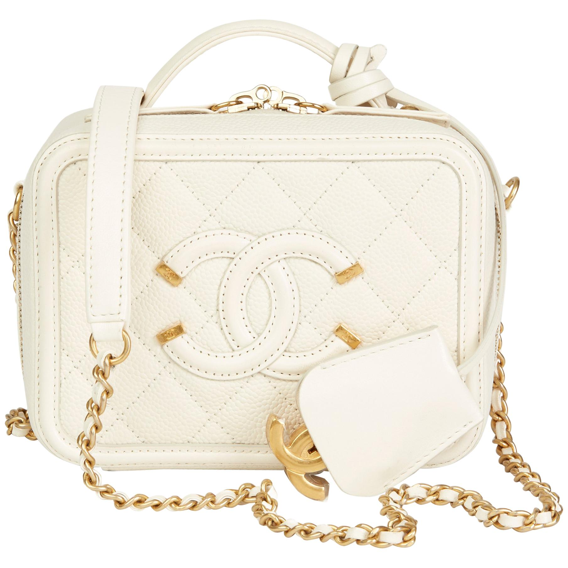 de6effe07b09e7 2018 Chanel Light Beige Quilted Caviar Leather Small Filigree Vanity Case  at 1stdibs