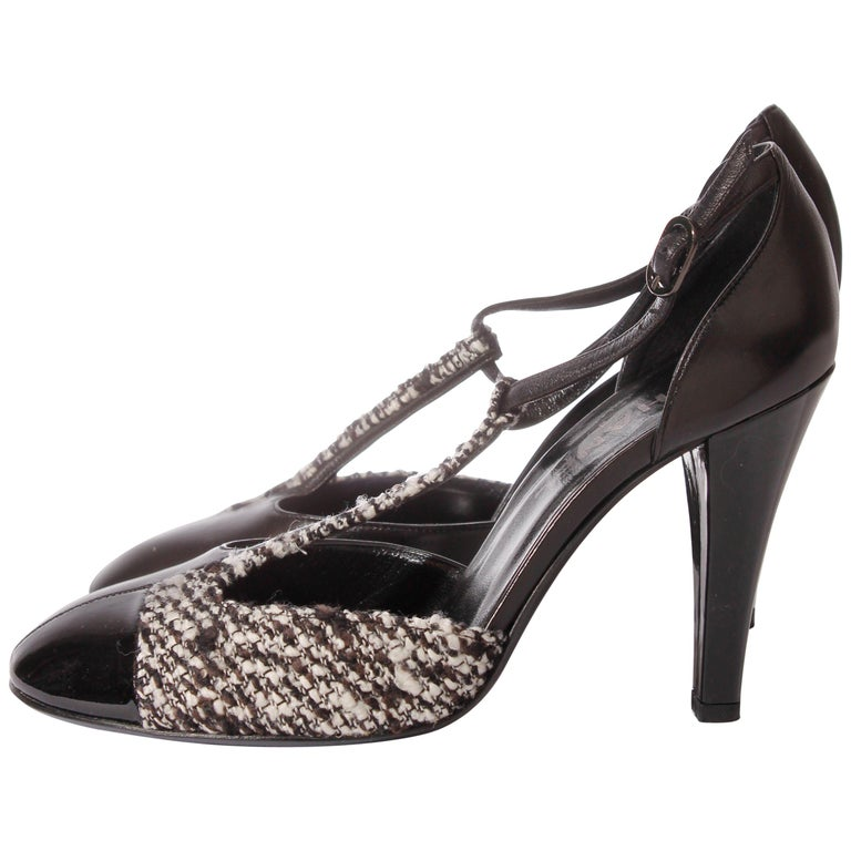 Chanel Pumps - black/white leather/tweed For Sale