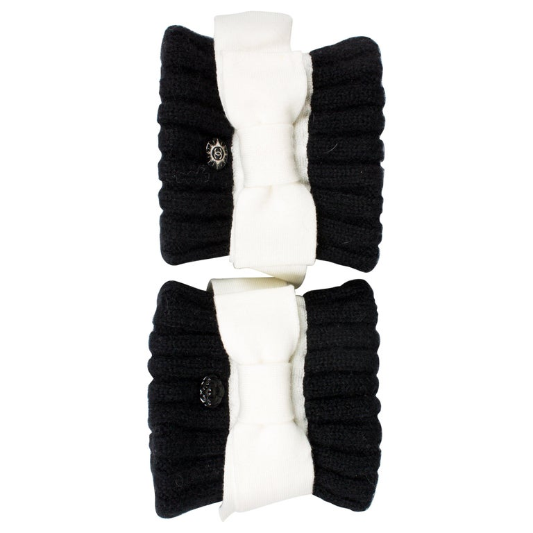 Chanel Wool Cuffs - black & white