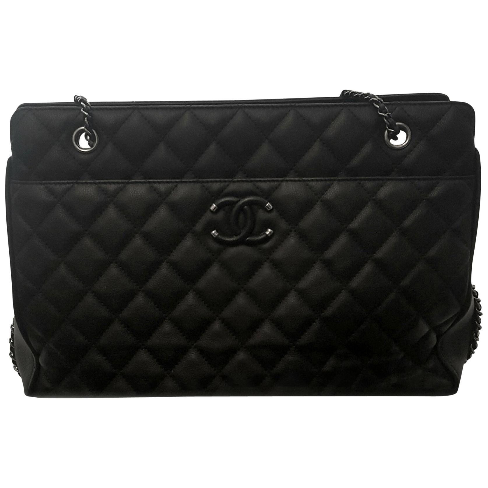 d4c740b98b3a Classic Collections - Fashion Handbags and Purses - 1stdibs