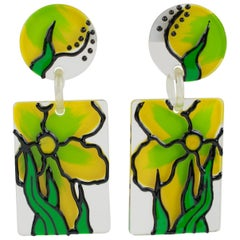 1960s Oversized Flower Power Lucite Dangling Pierced Earrings Yellow Green Color
