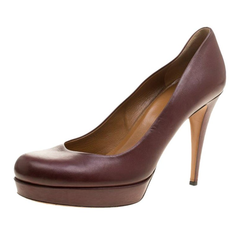 b38ef84c7b0 Gucci Maroon Leather Charlotte Platform Pumps Size 41 For Sale at ...