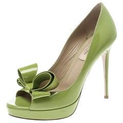 Valentino Lime grün Lackleder Couture Schleifen Offene Zehen Plattform Pumps Größe 38