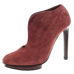 Alexander McQueen Red Suede Ankle Boots Size 37.5