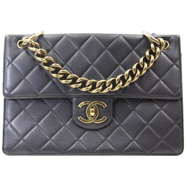 c84b51d0e45d Chanel Classic Flap Vintage Gold-tone Metal Caviar Skin Shoulder Bag For  Sale
