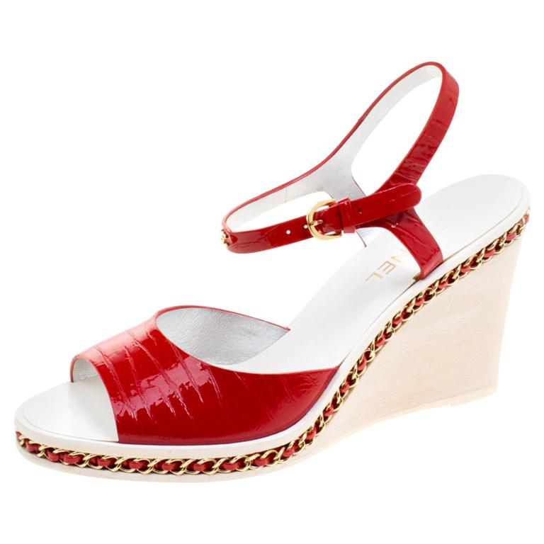 b8cda477d33 Chanel Red Patent Leather Chain Detail Ankle Strap Wedge Sandals Size 40  For Sale at 1stdibs
