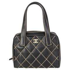 Chanel black leather & beige QUILT STITCHING Small Bag