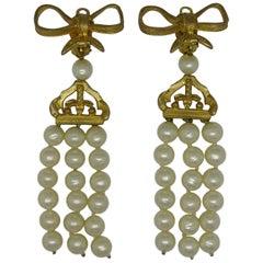 Vintage Chanel Bow baroque faux pearl Glass tassel drop Earrings