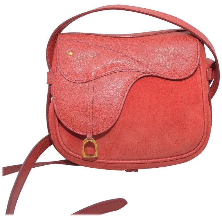 ea97149d6dba28 Vintage Gucci Crossbody Saddle Belt Bag For Sale at 1stdibs