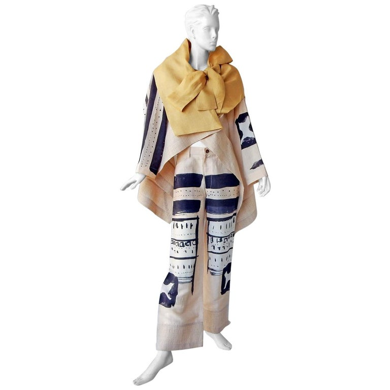 Issey Miyake Costume Institute Rare 1997 Graphic Runway Kimono Inspired Ensemble For Sale