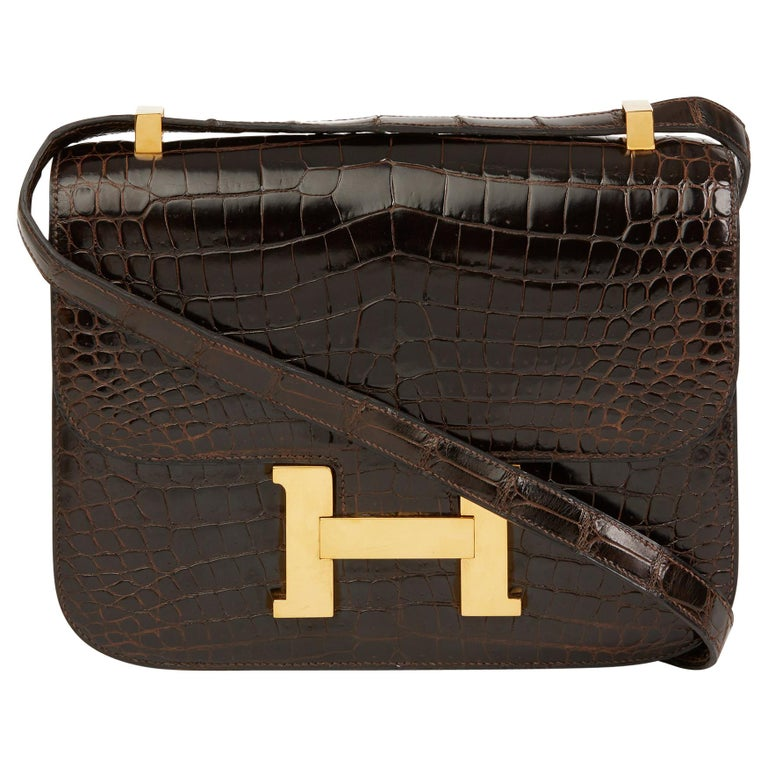 1980's Hermes Marron Fonce Shiny Caiman Crocodile Leather Vintage Constance 24 For Sale