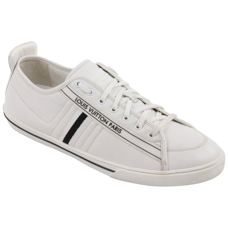"""LOUIS VUITTON S/S 2011 """"Cosmos"""" Off White Leather Signature Low Top Sneakers For Sale"""