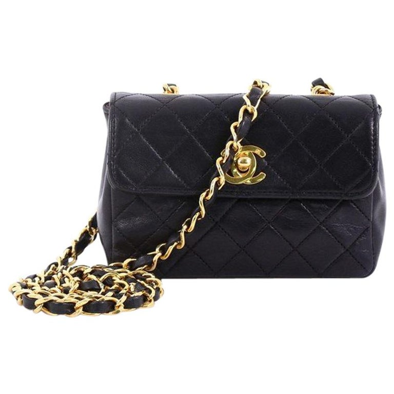 c03871f91a01ac Chanel Vintage CC Chain Flap Bag Quilted Leather Extra Mini at 1stdibs