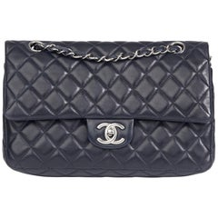 2009 Chanel Navy Quilted Lambskin Vintage Medium Classic Double Flap Bag