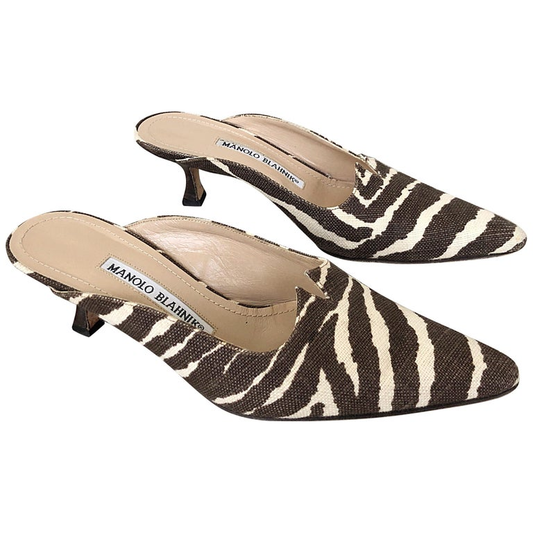 1990s Manolo Blahnik Rare Size 35.5 / 5.5 Brown + Ivory Zebra Kitten Heel Mules For Sale
