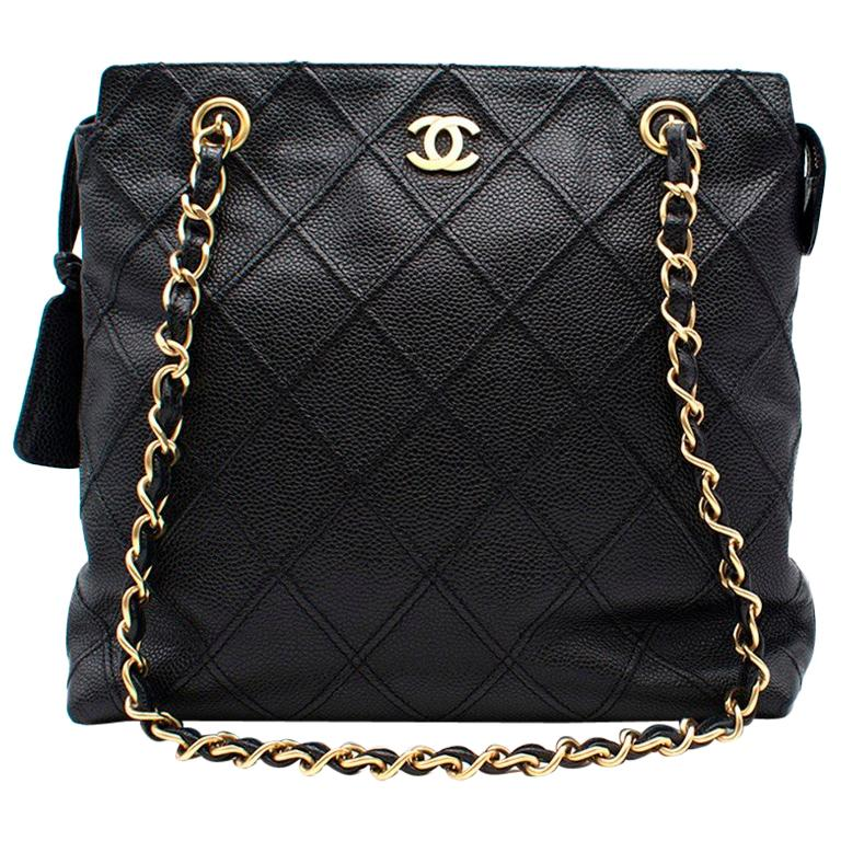 2447e6c249f3 Chanel Small Chain Shopping Tote For Sale at 1stdibs