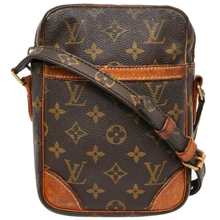 5775cf3fec38 LOUIS VUITTON Vintage Amazone Shoulder Bag in Brown Monogram Canvas and  Leather For Sale