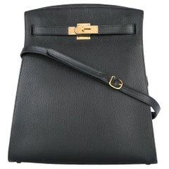 Hermes Black Leather Gold Hardware Travel Sport Single Shoulder Carryall Bag
