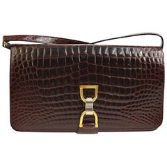 Gucci Burgundy Crocodile Leather Toggle 2 in 1 Clutch Evening Shoulder Flap Bag