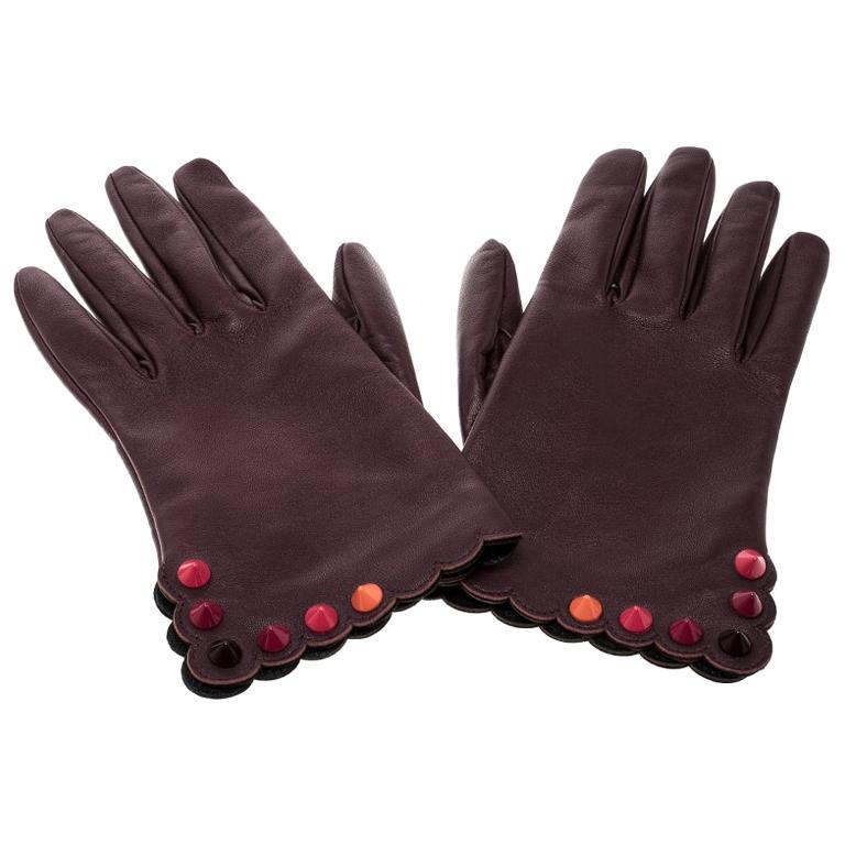 Fendi Burgundy Leather Studded Gloves Size M For Sale
