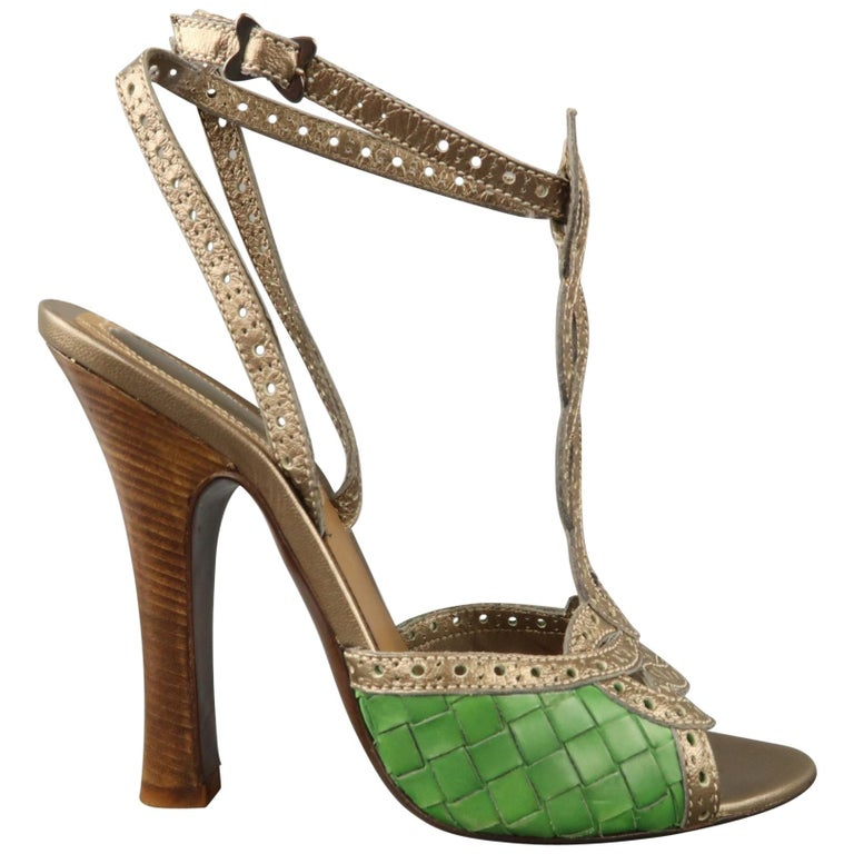984cf2559371 BOTTEGA VENETA Size 7 Silver Brogue T Strap Green Woven Leather Sandals For  Sale