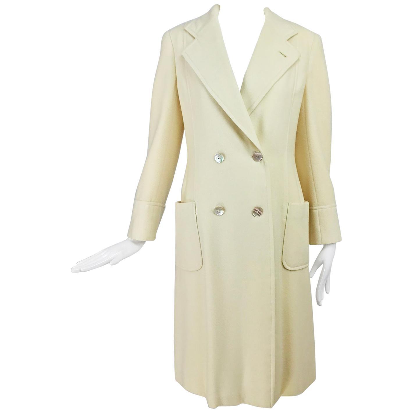 Bill Blass winter white cashmere classic double breasted coat 1970s