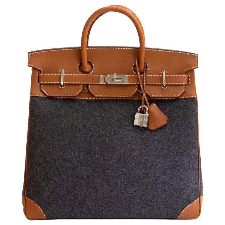 184712ce488 Hermès HAC 40 Haute à Courroies Feutre Gris Moyen   Barenia Fauve For Sale
