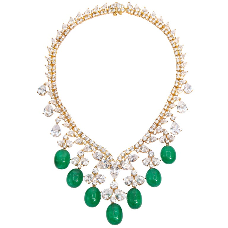 Glamor 1950s Style CZ Faux Cabochon Emerald Drop Necklace For Sale