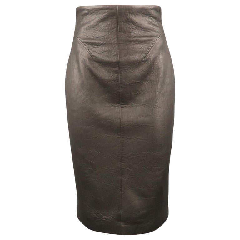 GIANFRANCO FERRE Size 4 Black Textured Leather Belted Cutout Back Pencil Skirt For Sale